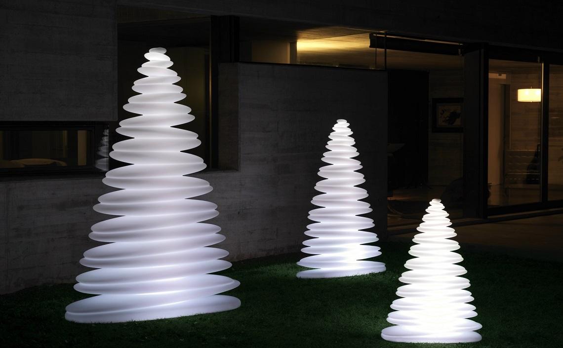 W świątecznym Nastroju Niebanalne Lampy Ozdobą Twojego Domu